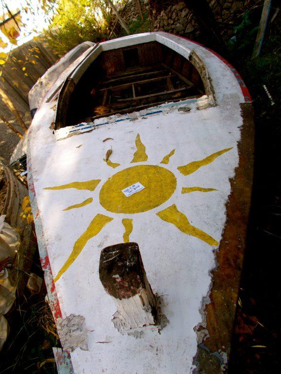 9-sun-boat