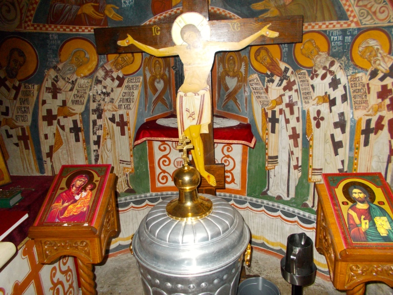 In the chapel the Aquarian re-visioning of the sacred centerL the infans solaris born from the Hieros Gamos union of Mary Magdelen and Jesus.