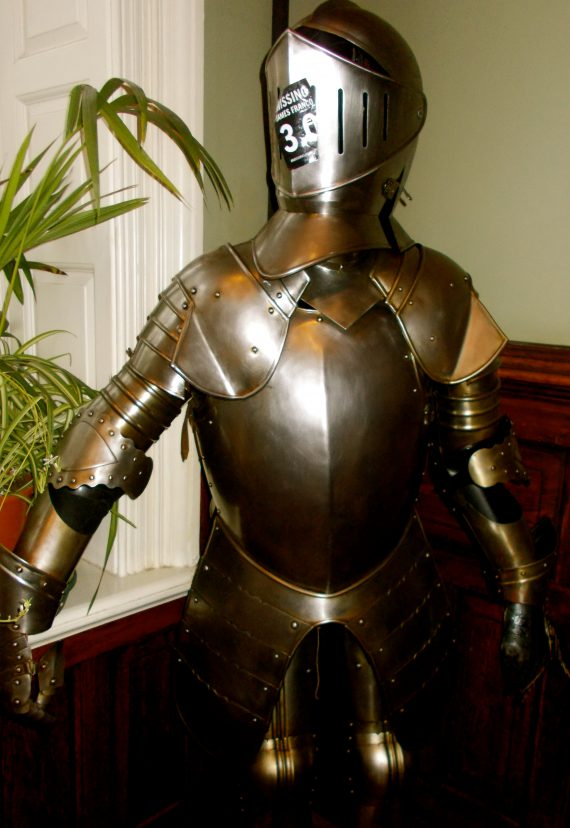 The armor inside Palmer's Lodge at Swiss Cottage was the first clue of your immersion.