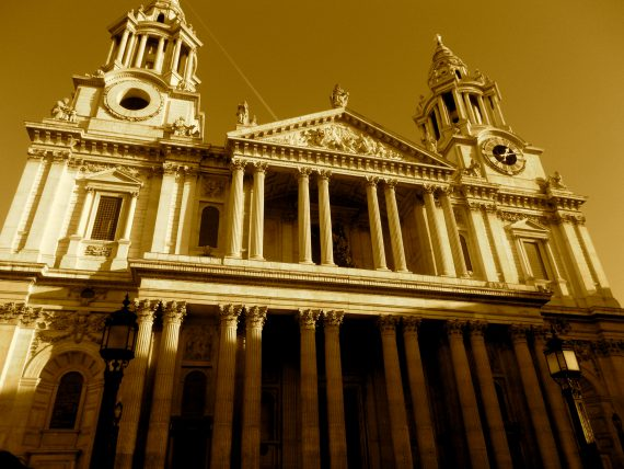 Christopher Wren's St. Paul's Cathedral conceived in Ye Old Watley Tavern.